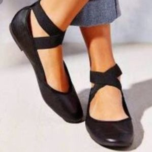 Jessica Simpson 8 1/2 Black ballerina shoes